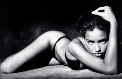 Adriana Lima black and white